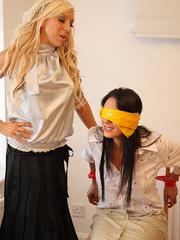 Alex Admas tricks Carmen and ties her up - Unique Bondage - Pic 5