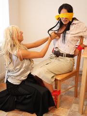 Alex Admas tricks Carmen and ties her up - Unique Bondage - Pic 6
