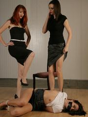 Molly Matthrews, Kendra gag and tie Elle - Unique Bondage - Pic 9
