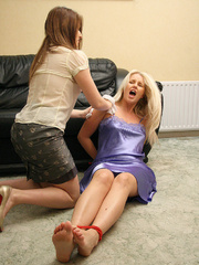 Donna humilated and tied by Shell - Unique Bondage - Pic 2