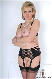 Amazing busty mature in lingerie - Unique Bondage - Pic 15