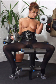 Pantyhose fetish babe louise parker - Unique Bondage - Pic 13