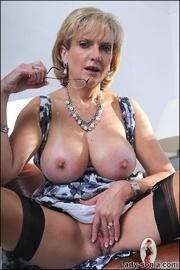 Stunning classy milfs huge tits - Unique Bondage - Pic 12