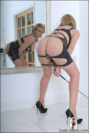 Lady sonia mature latex mistress - Unique Bondage - Pic 8