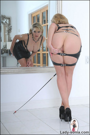 Lady sonia mature latex mistress - Unique Bondage - Pic 13