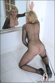 Fishnet catsuit mature dominatrix - Unique Bondage - Pic 12