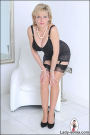 Classic sexy black lingerie mature - Unique Bondage - Pic 1