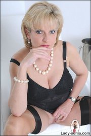 Classic sexy black lingerie mature - Unique Bondage - Pic 6