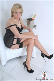 Classic sexy black lingerie mature - Unique Bondage - Pic 7