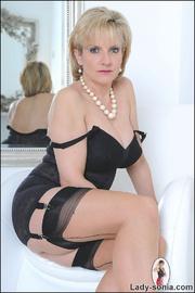 Classic sexy black lingerie mature - Unique Bondage - Pic 8