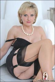 Classic sexy black lingerie mature - Unique Bondage - Pic 13