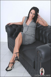 Nylons and heels slim brunette milf - Unique Bondage - Pic 3