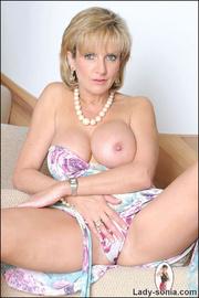 Glamorous leggy british mature babe - Unique Bondage - Pic 9