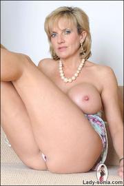 Glamorous leggy british mature babe - Unique Bondage - Pic 12