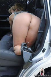 Milf lady sonia spreading in a car - Unique Bondage - Pic 14