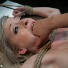 Isis Love teaches newbie sub the value of - Unique Bondage - Pic 4