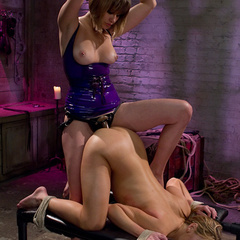 Slut seeks out Maitresse Madeline for a day - Unique Bondage - Pic 15