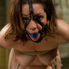 Curvy 20 year old is pushed to her threshold - Unique Bondage - Pic 5