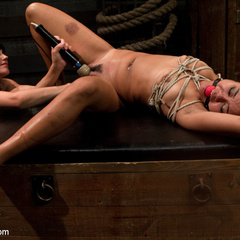 Annie Cruz is tortured with her own orgasms. - Unique Bondage - Pic 10