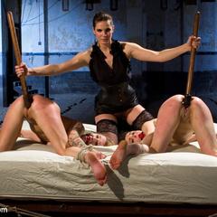 2 sluts try to satisfy 2012's AVN performer - Unique Bondage - Pic 10
