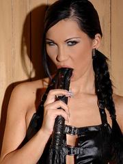 Nasty babe Sonja Black masturbating her cunt - Unique Bondage - Pic 4