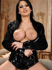 Hot young busty babe Alison shows her body - Unique Bondage - Pic 1
