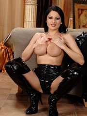 Hot young busty babe Alison shows her body - Unique Bondage - Pic 6