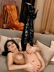 Hot young busty babe Alison shows her body - Unique Bondage - Pic 15
