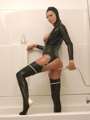 Hot Porn Star Hanna Hilton in a tight - Unique Bondage - Pic 13