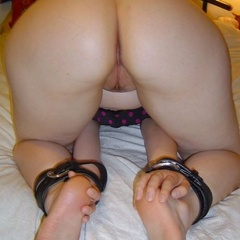 Blindfolded and tied up hotties are ginna be - Unique Bondage - Pic 1