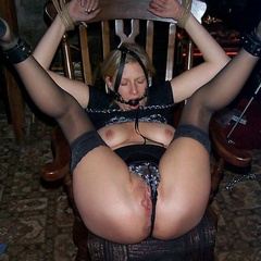 Amateur tied up housewives exposing on these - Unique Bondage - Pic 12