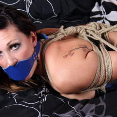 Her Own Torments - Unique Bondage - Pic 1