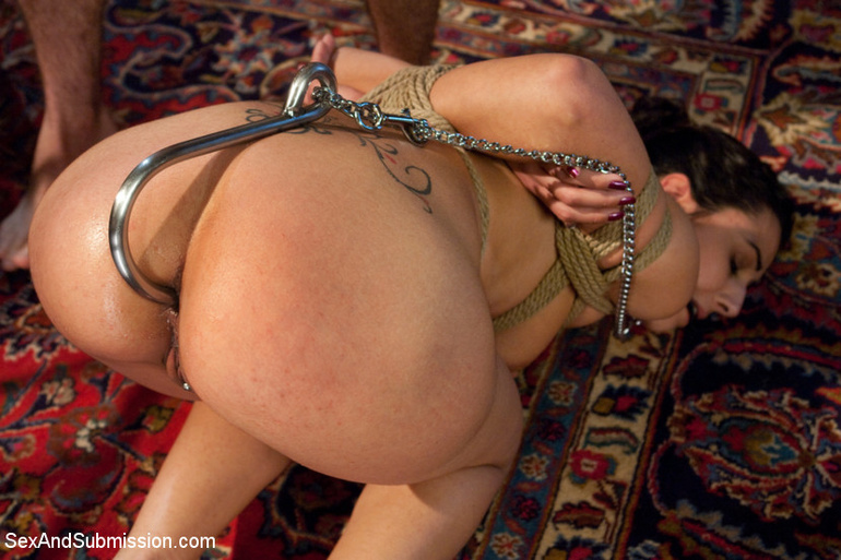 Dark haired restrained beauty gets her first - Unique Bondage - Pic 11