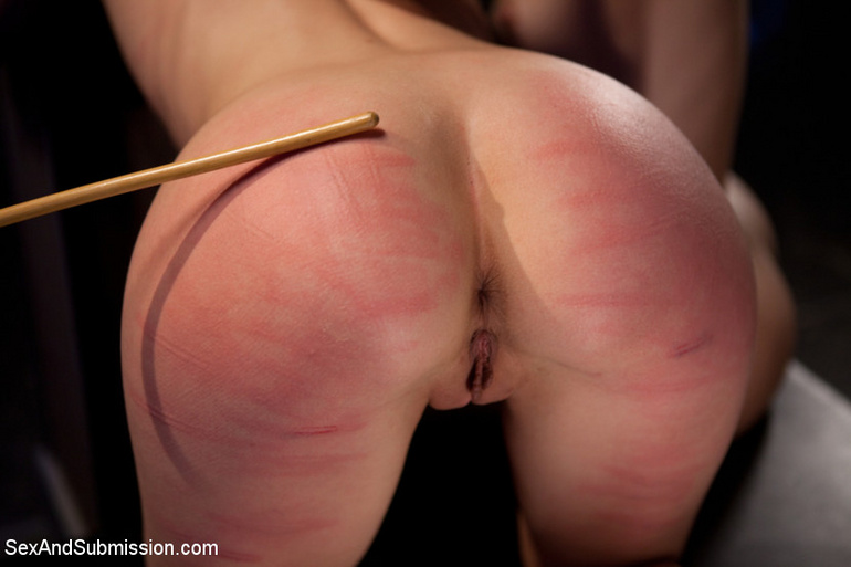 Caught as fly in web helpless slave babe - Unique Bondage - Pic 7