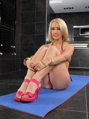 Xxx erotic pics of blonde girl - Sexy Women in Lingerie - Picture 2