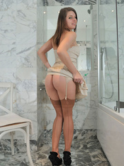 Perfect body Dana slowly - Sexy Women in Lingerie - Picture 5