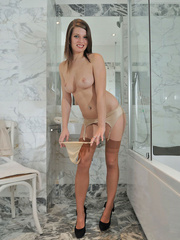 Perfect body Dana slowly - Sexy Women in Lingerie - Picture 8