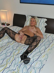 Nasty blonde sarah in black - Sexy Women in Lingerie - Picture 1