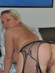 Nasty blonde sarah in black - Sexy Women in Lingerie - Picture 10