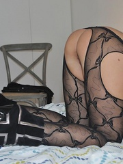 Nasty blonde sarah in black - Sexy Women in Lingerie - Picture 13