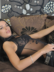 Slim body Shalina in sexiest black - Sexy Women in Lingerie - Picture 3