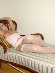 Lola loves to meet strangers. She - Sexy Women in Lingerie - Picture 12