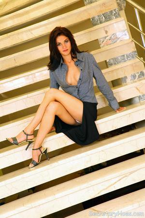 Julie office slut fucking on the stairca - XXX Dessert - Picture 2