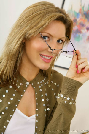 Stunning blonde Nicole in secretary outf - XXX Dessert - Picture 1