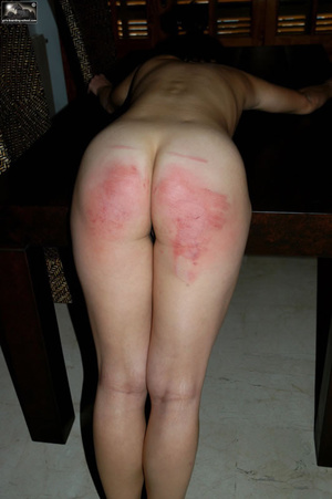 6 Big Reasons a Spanked Wife Is a - The Head of Household