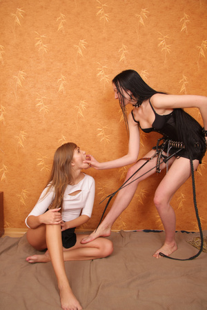 This kinky lesbian teen thought it`d be fun to play a 18 master and slave game with her girlfriend. - XXXonXXX - Pic 2