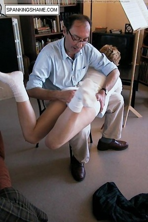 Burnning buttcoks blonde school girl suf - XXX Dessert - Picture 9