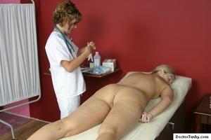 Tan nurse gives a sex exam to a white gi - XXX Dessert - Picture 8