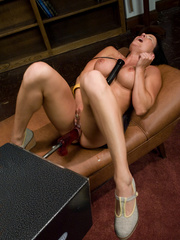 Huge cock girls fucking machines in action. - Unique Bondage - Pic 5