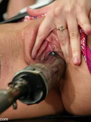 Women fucking machines offering unspeakable - Unique Bondage - Pic 1